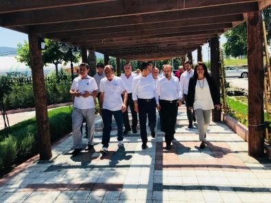 AK Parti Grup Başkanvekili Turan Yenice'de