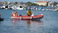 YÜZME YARIŞLARI - Burhaniye'de Denizcilik Ve Kabotaj Bayramı Kutlandı