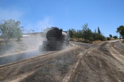 Elazığ'da Köy Yolları Asfaltlanıyor