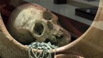 Hattiler Ölülerini Küplerin İçinde Cenin Pozisyonunda Gömmüşler