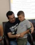 AHMET ÇıNAR - İşe Alım Kurasında Yakınının İsmini Çeken Çocuğa Tüm Parasını Verdi