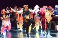 Nilüfer Halk Dansları Topluluğu Nefes Kesti