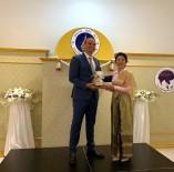 BANGKOK - Türk Diş Hekimi Onur Ödülü Aldı
