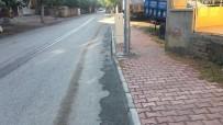 KALDIRIM ÇALIŞMASI - Yol Ve Kaldırım Çalışması Tamamlanan Sokaklar Temizlendi