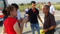 EVRENSEKI - Antalya'da Motosikletler Çarpıştı Açıklaması 2 Yaralı