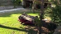 Bursa'da Otomobil Dereye Devrildi Açıklaması 2 Yaralı