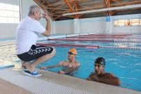 AVRUPA - Engelliler Yüzmeyi Eğlenerek Öğreniyor