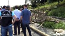 YOLCU MİDİBÜSÜ - GÜNCELLEME - Trabzon'da Yolcu Midibüsü Devrildi Açıklaması 2 Ölü, 13 Yaralı
