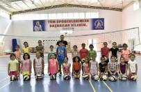 YÜZME HAVUZU - Muratpaşa'da Sporla Dolu Bir Yaz