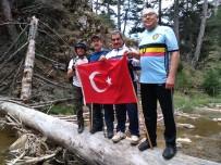 YAYLA TURİZMİ - Sandıklı Doğa Sporları Gönüllüleri Tokalı Kanyonu Başarıyla Geçti
