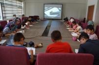 KARİKATÜR - Siirtli Gençlere Karikatür Eğitimi Veriliyor