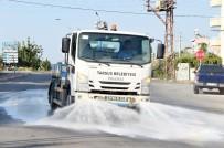 HAVA SICAKLIĞI - Tarsus'ta Yollar Deterjanlı Suyla Yıkanıyor