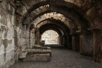 ARAŞTIRMA MERKEZİ - Tripolis'teki Mozaikli Villanın 4 Odası Daha Gün Yüzüne Çıkarılacak