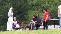 BALIK TUTMAK - Ulugöl Dört Mevsim Ziyaretçi Ağırlıyor