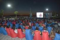 ENGİN GÜNAYDIN - Yeni Şakran'da Açık Hava Sinema Nostaljisi