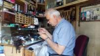 KAZIM KARABEKİR - 2 Metrekarede Saatler İçinde Geçen Yarım Asır