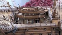 SAVAŞ GEMİSİ - Ağaç Parçaları Tarihi Savaş Gemilerinin Maketlerine Dönüşüyor