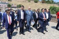 DİYARBAKIR VALİSİ - Bakan Kurum Açıklaması 'Çukur Teröründe Canlarını Veren Şehitlerimizin Olduğu Alanları Gezdik'