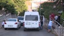 ACIL SERVIS - Başkent'te 2.Kattan Düşen Kadın Yaralandı