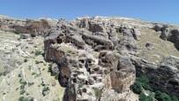 Bin Yıllardır Süren İhtişam Açıklaması Hasuni Mağaraları