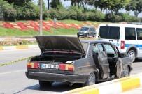 SEVINDIK - 'Dur' İhtarına Uymayarak Kaçan Otomobil Lastiklerini Patlatılarak Durduruldu