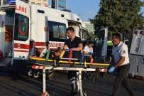 BAYHAN - İşçileri Taşıyan Minibüs Kaza Yaptı Açıklaması 12 Yaralı