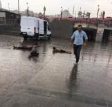 İstanbul'da Çocukların Yağmur Sevinci