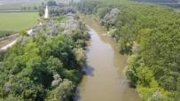 ÇEVRE VE ŞEHİRCİLİK BAKANLIĞI - (Özel) OSB'nin Atık Suları İle Kirlenen Sakarya Nehri Havadan Görüntülendi