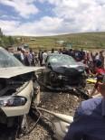İSMAIL ÖZDEMIR - Tekman'da Otomobiller Kafa Kafaya Çarpıştı Açıklaması 12 Yaralı
