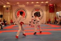 HAKEM KURULU - Uluslararası Dekai-Do Karate Turnuvası Denizli'de Başladı