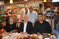 OSMAN BUDAK - CHP Lideri Kılıçdaroğlu'na Korkuteli'nde Yanık Dondurma İkramı