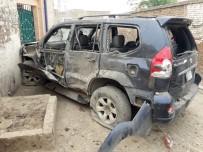 GENEL SEÇİMLER - Pakistan'da Siyasi Lidere Bombalı Saldırı Açıklaması 1 Ölü, 6 Yaralı