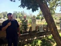 MUSTAFA ÜNAL - Prof.Dr. Üstünbaş, Kabri Başında Anıldı