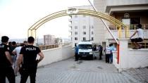 POLİS - Şanlıurfa'da Cam Silerken 3. Kattan Düşen Kız Öldü