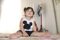 Üç Yaşındaki Ecrin, Ayaklarının Üzerinde Yürümek İstiyor
