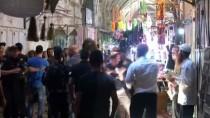POLİS KORUMASI - Yahudiler Filistinli Esnafa Saldırdı