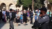 HAREM-İ ŞERİF - Yüzlerce Fanatik Yahudi'den Mescid-İ Aksa'ya Baskın