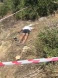 AVSALLAR - Antalya'da Boş Arazide Erkek Cesedi Bulundu
