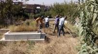 MEZARLIK ZİYARETİ - Bismil Belediyesinden Cenaze Hizmetlerinde Örnek Çalışmalar