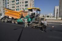 BEDİÜZZAMAN - Büyükşehir Caddelere 200 Bin Ton Asfalt Serdi