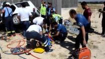 GÜNCELLEME - Karaman'da Otomobil Köprü Ayağına Çarptı Açıklaması 2 Ölü, 4 Yaralı