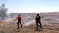 ASKERİ PERSONEL - KKTC'deki Yangında 400 Dönüm Arazi Kül Oldu