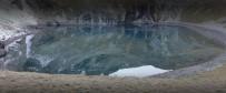 3 Bin Rakımlı Karagöl Hayran Bırakıyor