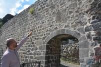 KıLıÇARSLAN - 820 Yıllık Kale Kitabesi Yerine Yerleştirildi
