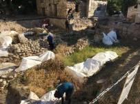 HÜSEYIN VURAL - Çeşme'nin 4 Bin Yıllık Tarihine Işık Tutacak Kazılar Yeniden Başladı