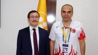 DÜNYA GÜREŞ ŞAMPİYONASI - Dr. Ilkım Dünya Güreş Şampiyonası Finalini Yönetti