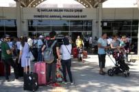 BOĞAZ TURU - İstanbul'a Gelen Turist Sayısı İlk 5 Ayda Yüzde 50 Arttı