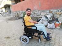 AKÜLÜ SANDALYE - İstanbul'dan Sason'daki Engelli Vatandaşlara Yardım Eli