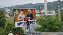 Özil'in Alman Milli Takım Formalı Tabelası, Cumhurbaşkanı Erdoğanlı Fotoğrafı İle Değiştirildi