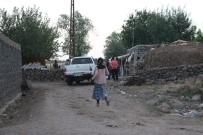 GAZİ YAŞARGİL - Diyarbakır'da Arazi Kavgası Açıklaması 2'Si Ağır 9 Yaralı